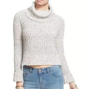 Free People women's SZ L Cropped knit sweater